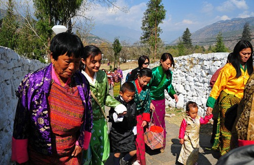 Paro Tsechu - they came in their Sunday/Tsechu best
