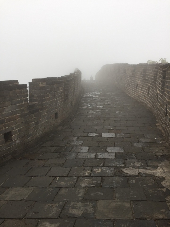 14.1476403537.the-great-wet-wall-of-china