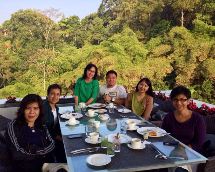 2.1380974091.breakfast-at-the-padma.jpg