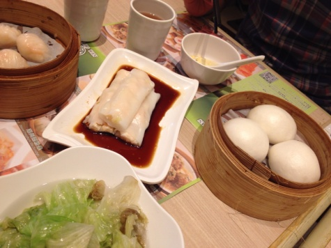 6.1406477488.chee-cheong-fun-and-custard-buns