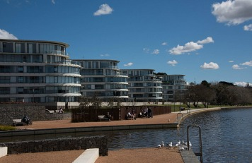 8.1410113239.the-high-life-the-kingston-foreshore